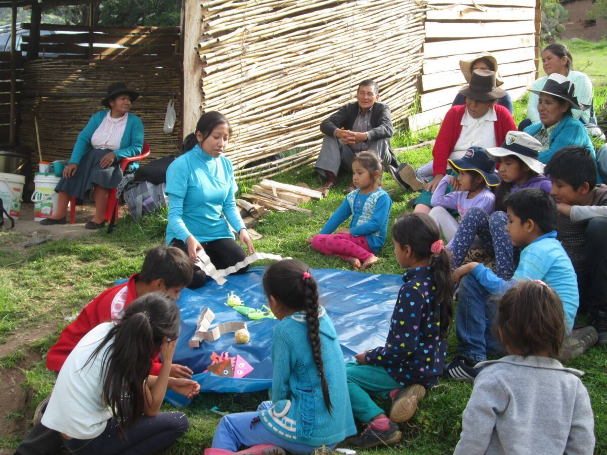 Bible teaching up in Peru