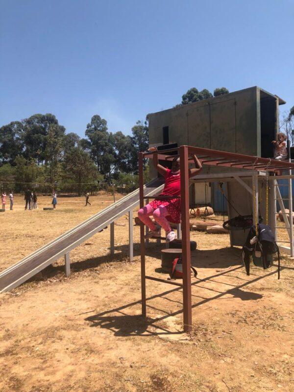Tchincombe - playground equipment